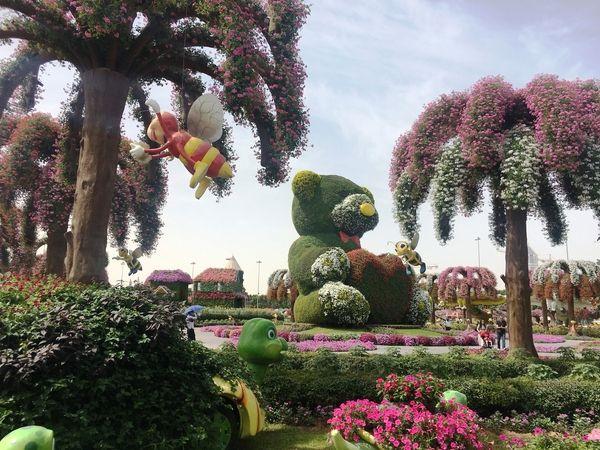 Dubai Miracle Garden urso gigante coberto de flores - Dez Mil Milhas